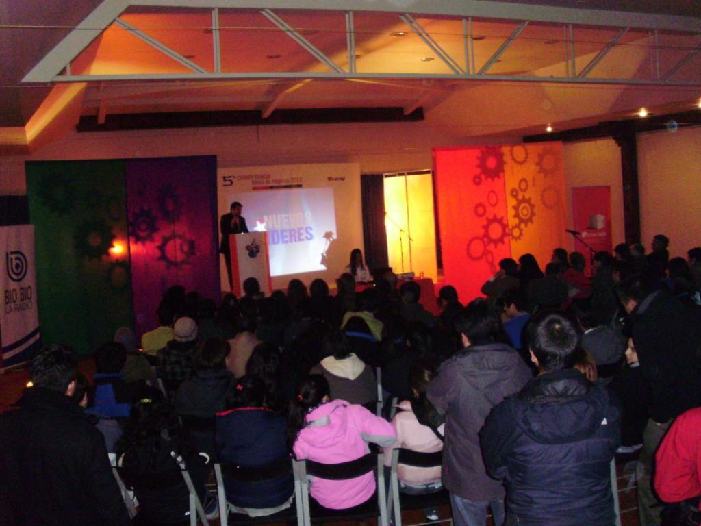 Discurso-Presidente-Rodrigo-Eitel-Nuevos-Lideres-INACAP-Osorno.jpg